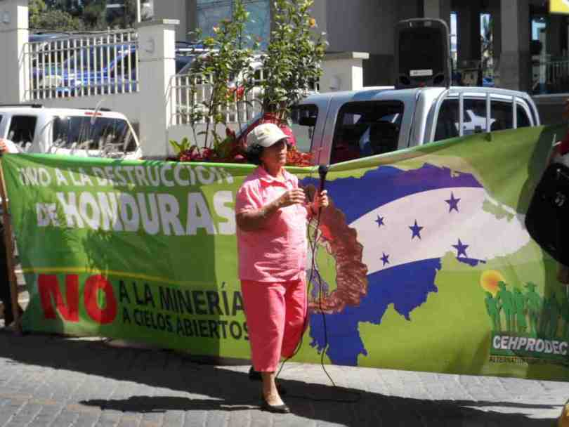 HONDURAS LIBRE DE MINERIAA