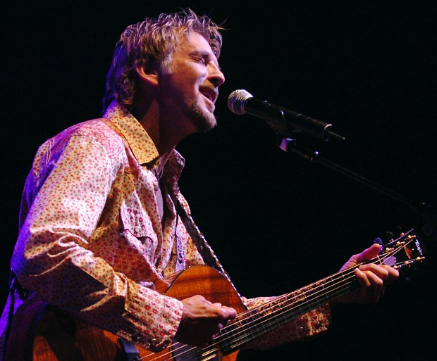 Singer and songwriter Kenny Loggins performs at the Pacific Amphitheatre in Costa Mesa, Calif. on Thursday, July 19, 2007.