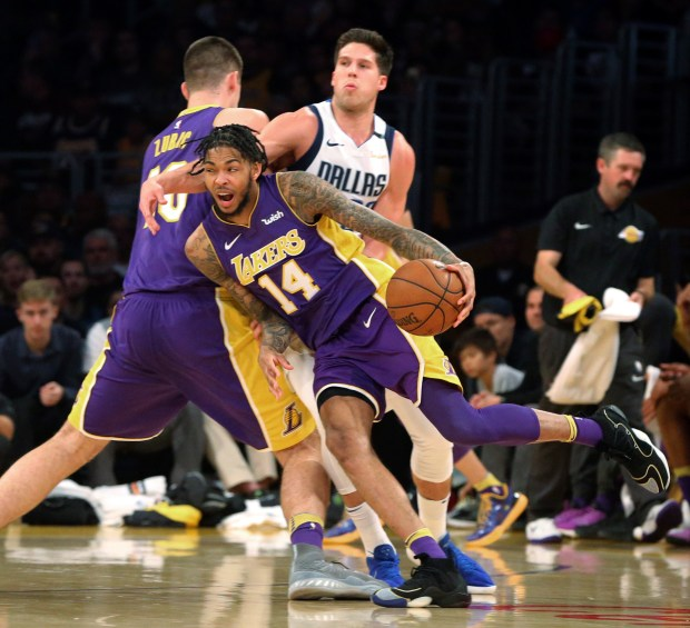 Lakers rally to defeat Mavericks in Brandon Ingram's ...