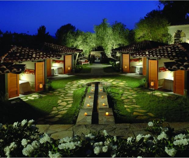 Rancho Bernardo Apartments: Great Escape: It's Always Inn Season At Rancho Bernardo
