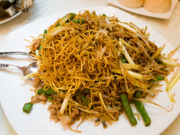 Pan-fried noodles at J Zhou in Tustin (Photo by Brad A. Johnson, Orange County Register/SCNG)
