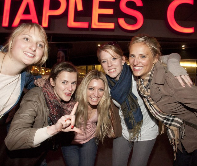 These Girls Visiting From Germany Were Hoping To Score Some Tickets For Tuesday Nights Lakers Game Against The Utah Jazz At Staples Center