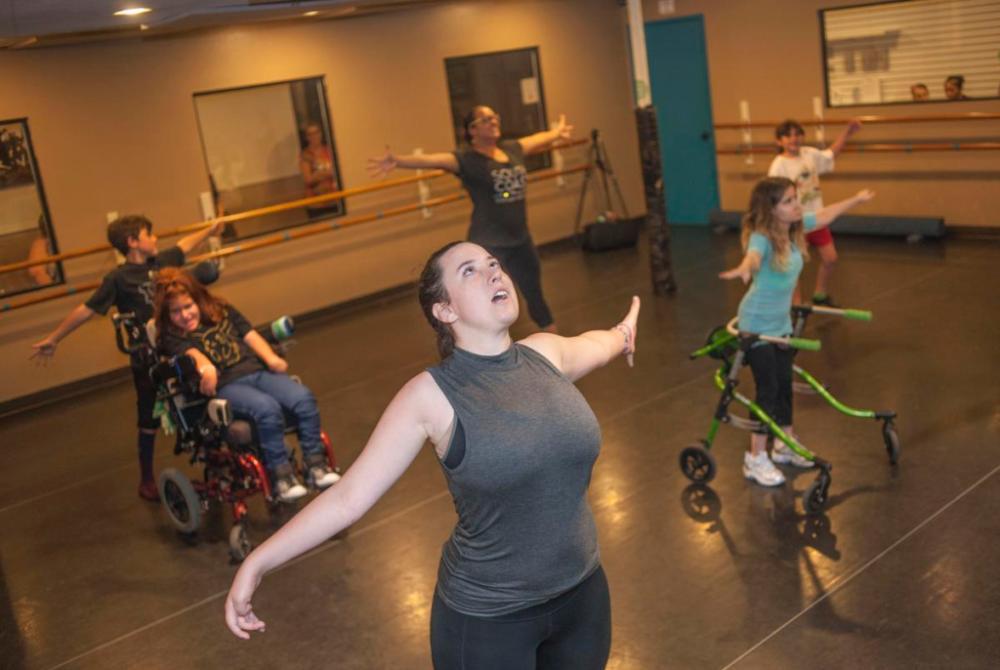 Video Laguna Niguel Teen Helps Special Needs Kids Find