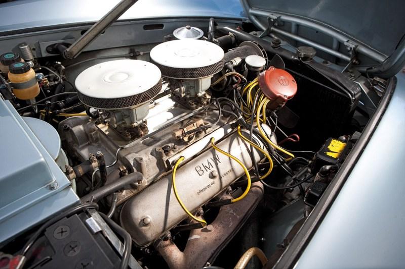 Motor des BMW 507