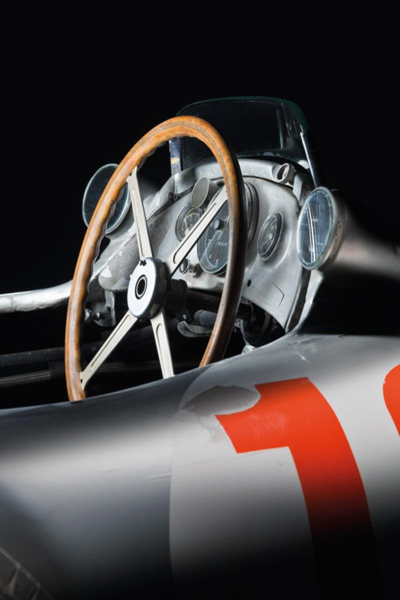 Blick in das Cockpit des Mercedes-Benz W 196R