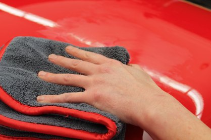 Octane Magazin Pflege Spezial Swissvax Polieren Tuch