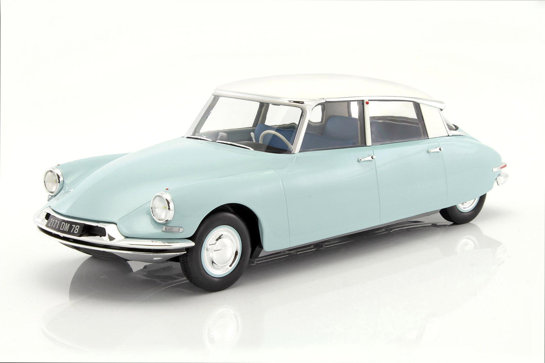 Citroen DS 19 Baujahr 1959 hellblau / weiß 1:18 Norev