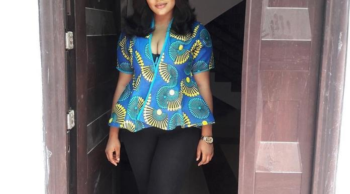 Ankara Tops For Ladies: The Ultimate Must-Have 2019 Collection
