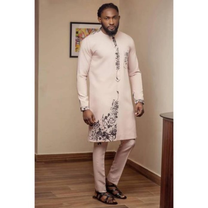 2019 trendy and classic native dresses for men - 2019 Trendy and classic Native Dresses For Men 11 1 760x760 - 2019 Trendy and classic Native Dresses For Men
