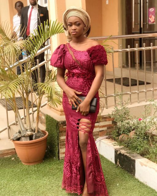 Aso Ebi Styles 2020 aso ebi styles 2020 - Aso Ebi Styles 2020 14 512x640 - 30 Aso Ebi Styles 2020 For Classy African Ladies To Try Out