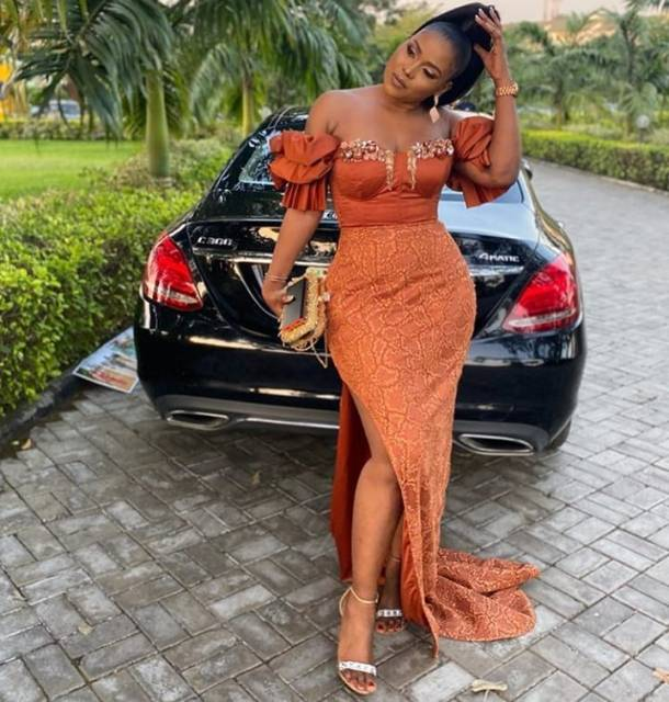 50 Most Beautiful and Creative Wedding Guest Styles You Will Love wedding guest styles - 50 Most Beautiful and Creative Wedding Guest Styles You Will Love 2 610x640 - 100 Most Beautiful and Creative Wedding Guest Styles You Will Love