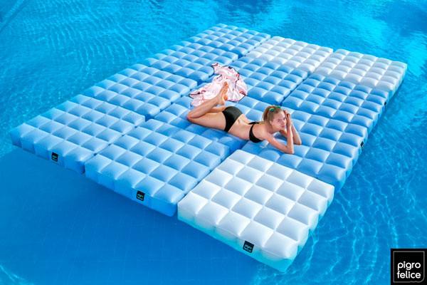 10 Cool Pool Floats Oddee