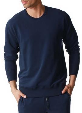 Model wearing Mey Club Sweatshirt Langarm Lyocell Cotton