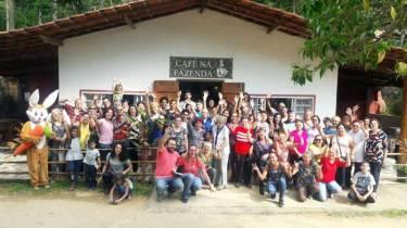 Fazenda Angolana - Guia Comercial O Democrata