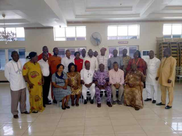 Cross section of participants , resource persons and officials of Ipas at media training in Owerre