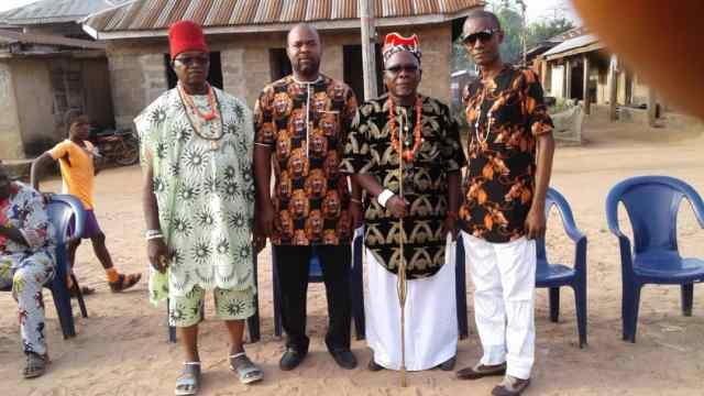 Igwe Chimakwa and his subjects