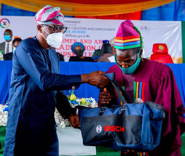 Lagos graduates 76-year-old brick maker, 1,999 others in up-skilling  programme - Odogwu Blog