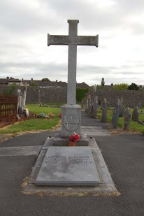 1-fr-mathew-memorial-in-st-josephs-cemetery-cork