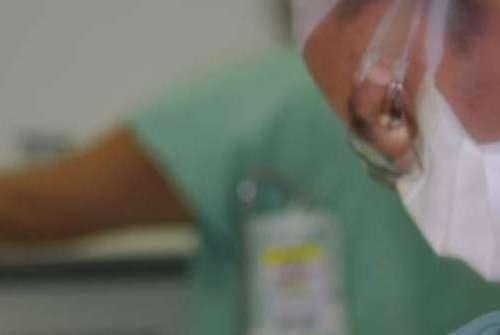 Implantes dentais e odontologia em ambiente hospitalar tornando a vida mais saudável