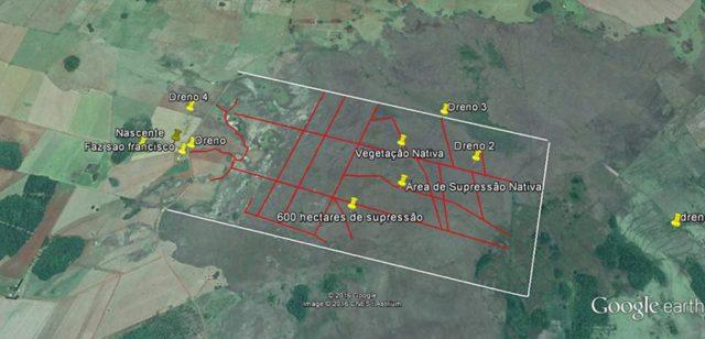 Mapa revela a área quase dois mil hectares da fazenda São Francisco e seu marca pontos onde existem drenos irregulares.