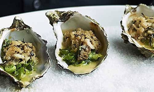 RECEPT: Oesters met champagnesaus