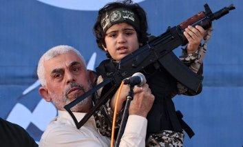 La sinistra italiana e Gaza: utili idioti in supporto di cause perse