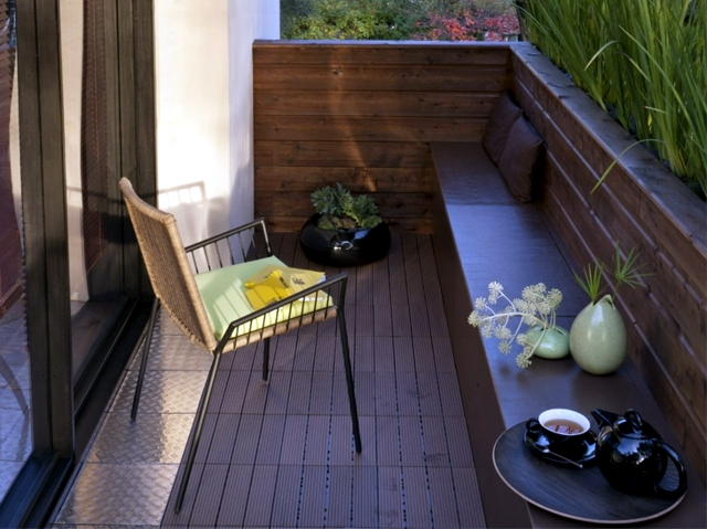 Outdoor Balcony Table And Chairs