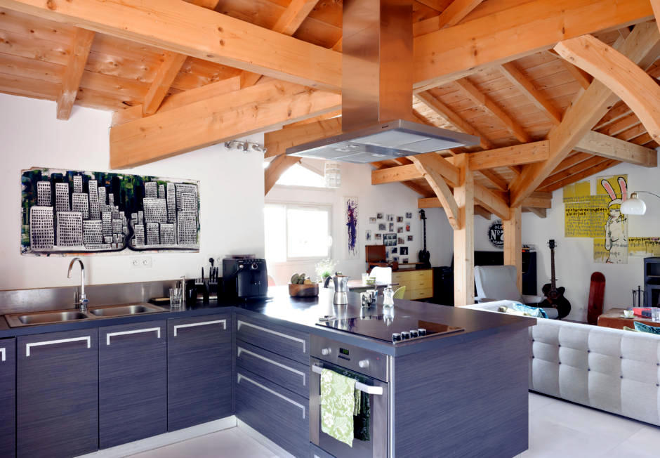 Exposed Beams In The Kitchen Interior Design Ideas