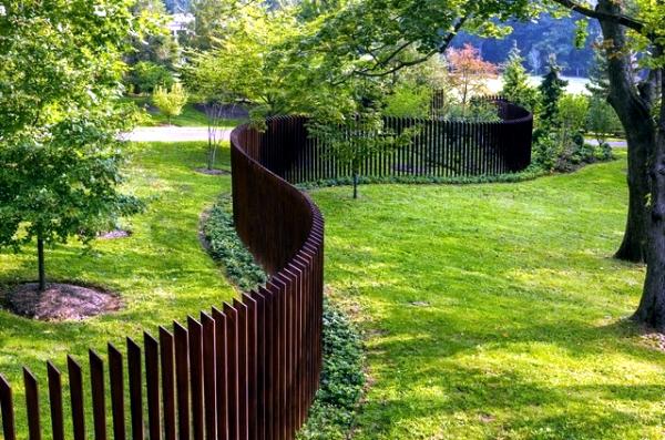 Another Highlight In The Garden Creative Design Ideas Fence Interior Design Ideas Ofdesign