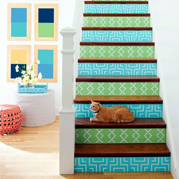 The staircase decorating ideas with paint leftover ... on Creative Staircase Wall Decorating Ideas  id=82306