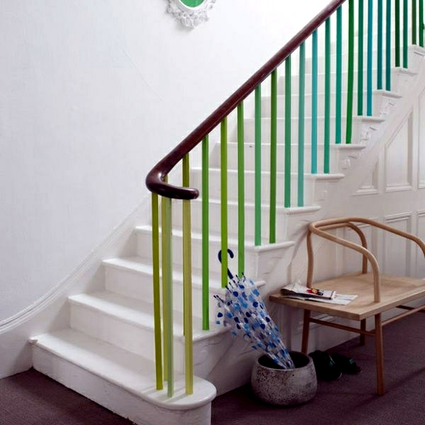 The staircase decorating ideas with paint leftover ... on Creative Staircase Wall Decorating Ideas  id=88907