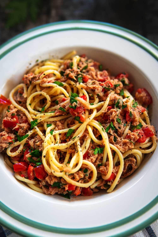 Spaghetti Thunfisch Salsa Nudeln Tonno Tomaten Sommer leicht