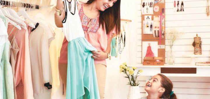 amor de madre e hija en sus compras