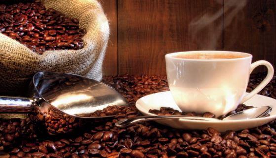 Máquina de café expresso automática – Delonghi
