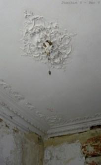 14 - Ceiling