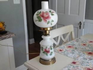 ANTIQUE LAMP (Schenectady) $20