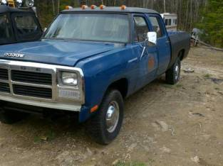 1981 Dodge Crew Cab W250 Multi point injection (Woolwich Maine) $4800