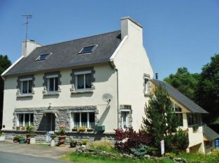 Family home + 2 gites, 2 acres – Huelgoat, Brittany.