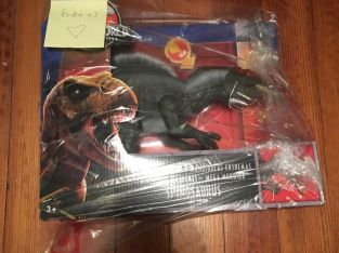 Jurassic World Legacy Collection Extreme Chompin' Spinosaurus IN HAND