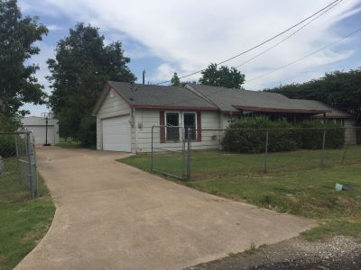 Fixer Upper House Fix & Flip Workshop .45 acre Double Lot North East TX 75496