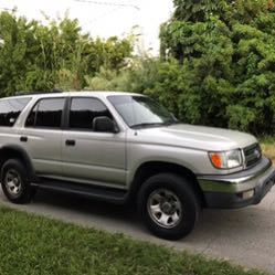 2000 Toyota 4Runner clean title