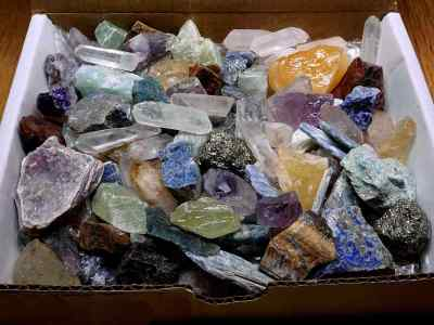 Crafters Rock Collection 1 Lb Mix Gems Crystals Natural Mineral Specimens