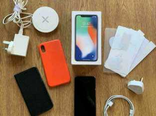 iPhone X 64GB | Silver | Unlocked | Accessories