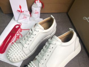New with box Louboutins Louis Junior low top sneaker white calfskin Flat shoes
