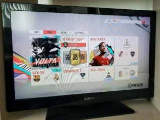 32in Sony Bravia TV – Mint Condition!