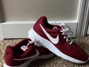 Red Nike 's