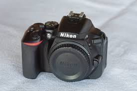 Nikon D5600 DSLR with Prime lense