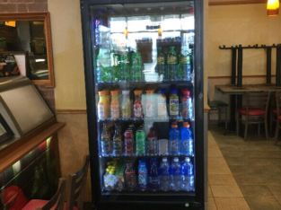 Pepsi Commercial beverage fridge Pepsi commercial beverage fridge Excellente condition. Reason for selling – rénovation du resto Subway Dimensions: 30.5″ width  77.5″ haut