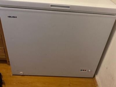 freezer in good condition works well