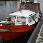 Beenhakker slepen. Lengte schip 7 meter. Van Delft naar Rotterdam Blijdorp